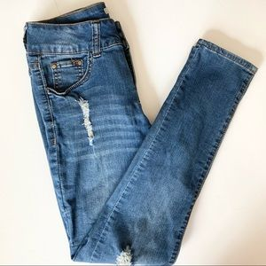 !iT Blue Jeans Tiffany Skinny Ankle Size 4
